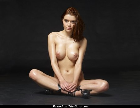 Image. Naked wonderful lady with natural tits pic