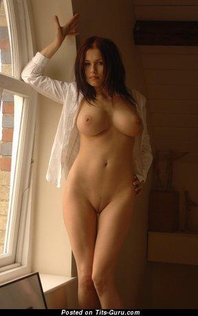 Elegant Girl with Elegant Bare H Size Boobs (18+ Photo)