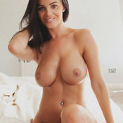 Brunette with big boobs pic