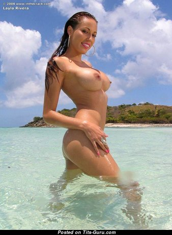 Layla Rivera - The Best Wet American Red Hair with The Best Defenseless Fake Average Boobys on the Beach (Porn Foto)