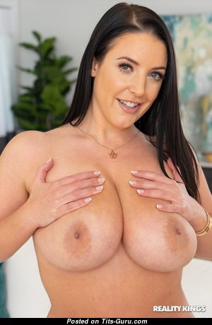 Perfect Babe with Perfect Exposed Real G Size Knockers (Hd Sex Image)