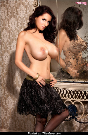 Image. Sammy Braddy - naked brunette with big boobies picture