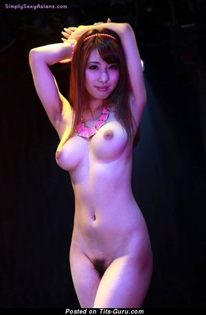 Syunka Ayami - sexy topless asian with medium natural boob pic