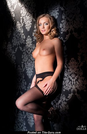 Splendid Woman with Splendid Nude Natural Tiny Titties (Xxx Image)