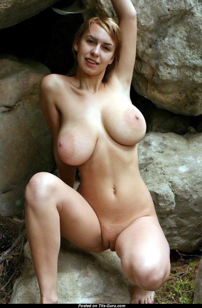 Naked Hot Lady With Big Natural Boobies Big Nipples Picture