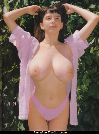 Yulia Nova: naked wonderful lady with big natural breast picture