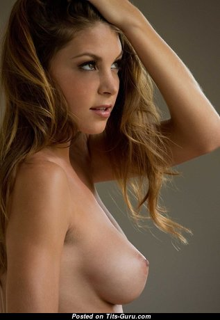 Appealing Babe with Appealing Nude Natural D Size Titty & Big Nipples (Porn Photoshoot)