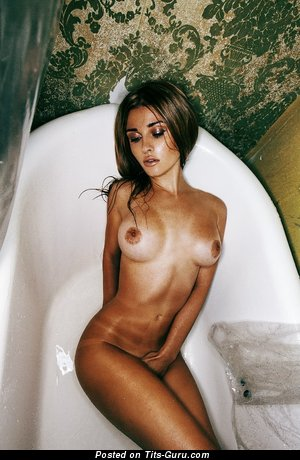 Image. Nude hot girl with medium boobs image