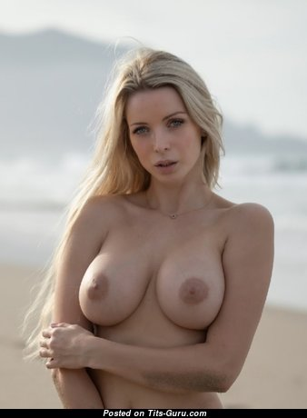 Amazing Babe with Amazing Bare Real Dd Size Chest (Xxx Wallpaper)