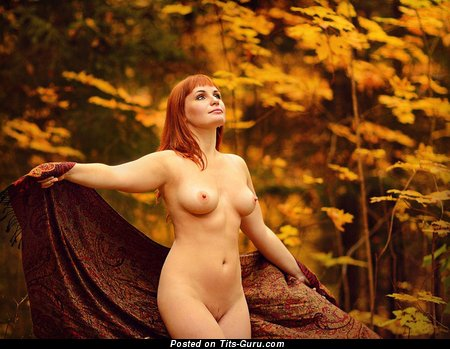 Image. Nude awesome lady with medium natural boob image