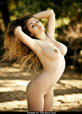 Image. Nude awesome girl with big natural tittys picture