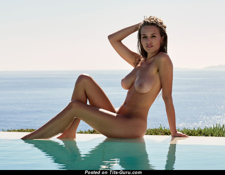 Magnificent Babe with Magnificent Naked Real C Size Boobs (Hd Xxx Photo)