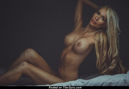 Image. Awesome woman with big fake tittes pic
