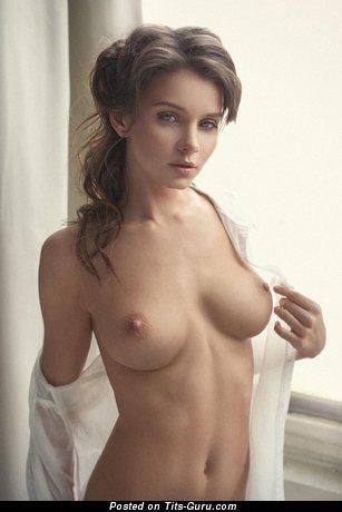 Sexy naked hot girl with medium natural boobs photo