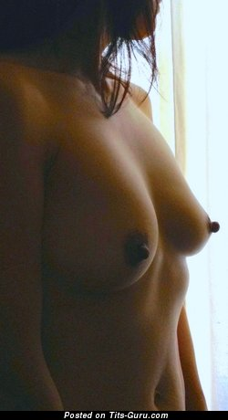 Image. Wen - awesome woman with medium natural boobies photo
