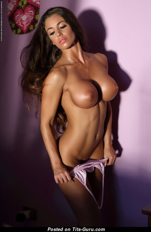 Lovely Unclothed Brunette with Inverted Nipples (Hd Porn Pic)