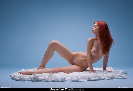 Image. Ariel - naked beautiful woman image