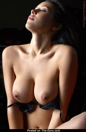 Sexy Babe with Sexy Naked Real Regular Tittes (Sexual Photoshoot)