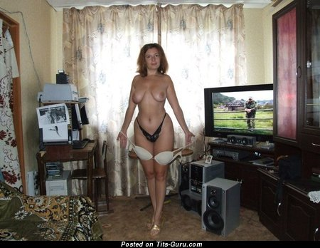 Image. Topless amateur nice girl with natural tittes pic
