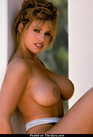 Sandra Taylor - nude blonde with big breast picture