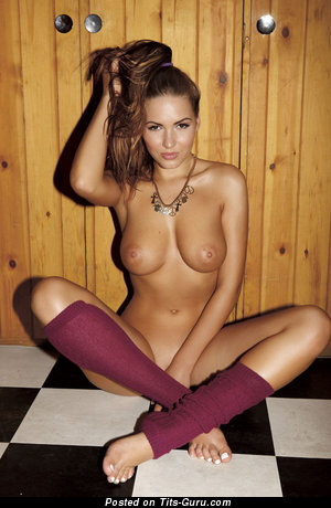 Image. Sabīne Jemeļjanova - nude wonderful girl with natural tittes picture