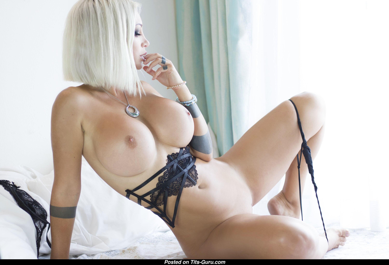 Kate Lambert Nude
