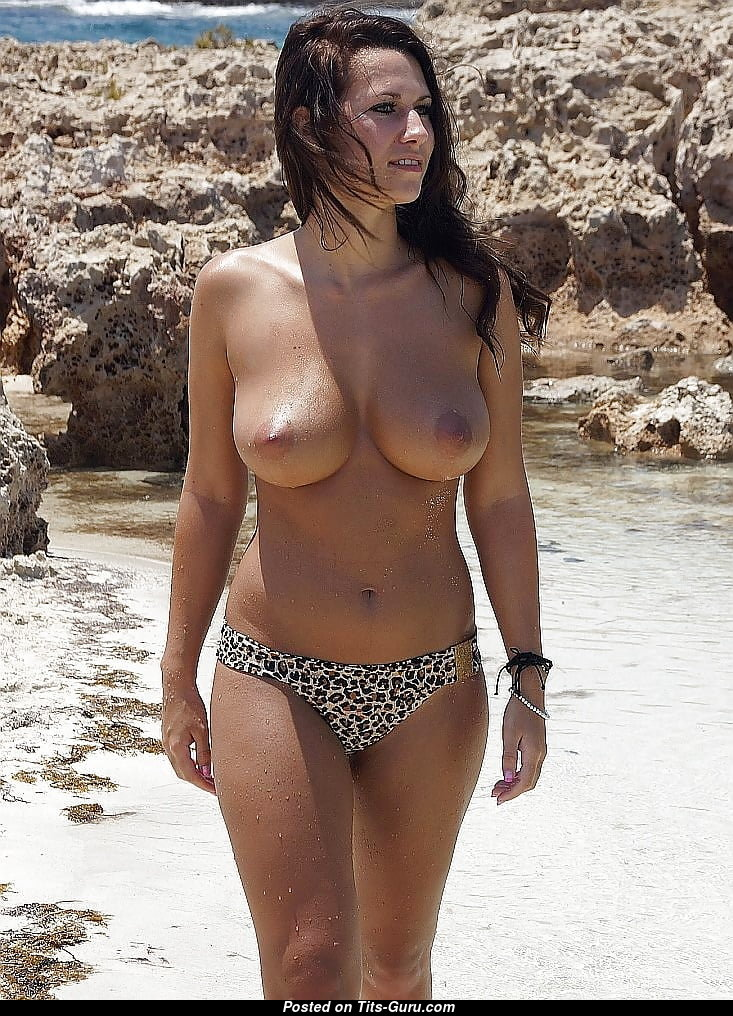 Topless Babe With Bare Real D Size Boob On The Beach 18 -6113