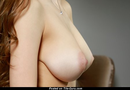 Charlize - Sexy Lassie with Sexy Bare Natural Tittes (Hd Sexual Pix)