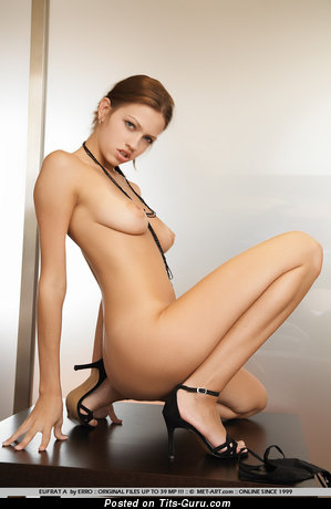Image. Nude nice girl with medium tittys picture