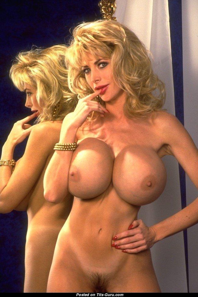 Public porn big tits