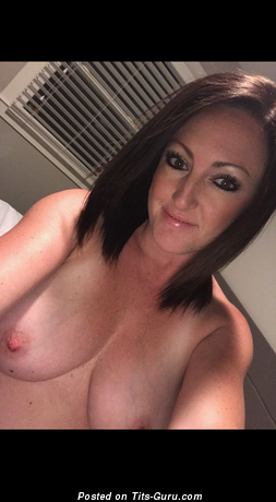 Sl - Exquisite Topless Brunette with Giant Nipples (Home Selfie Hd Sexual Pix)