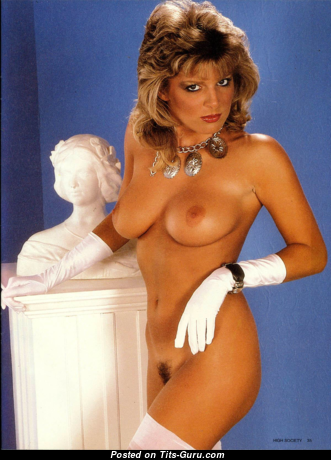Carina Roma - Gorgeous Topless Blonde with Gorgeous Open Natural Breasts (Vintage Hd Porn Wallpaper)