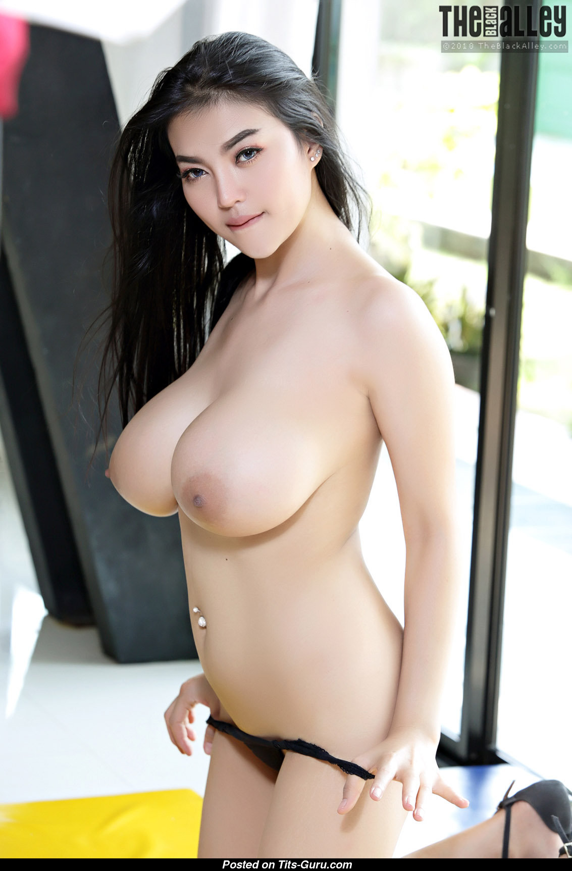 Pitta - Asian Babe With Defenseless Ddd Size Boobys Porn -5910