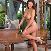 Brunette with big natural boobies picture