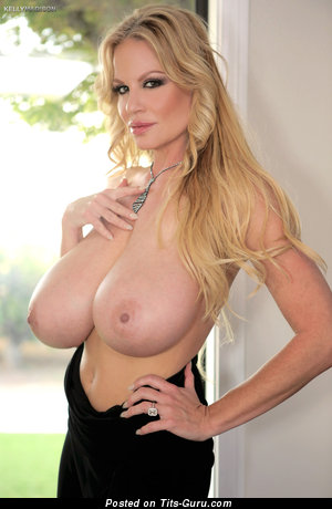 Kelly Madison - naked blonde with big boobies picture