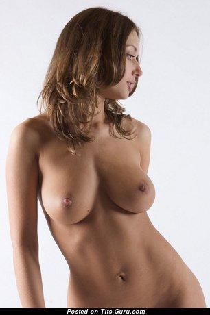 Wonderful Undressed Babe (Hd 18+ Pix)