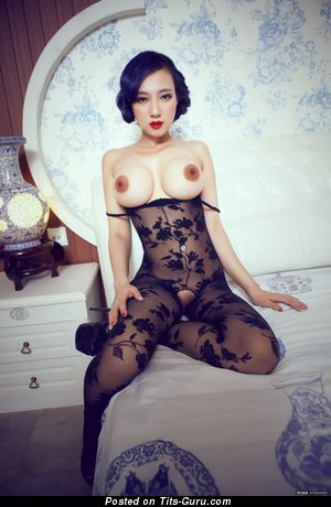 Image. Song Guo Er - nude asian with big fake boobs picture