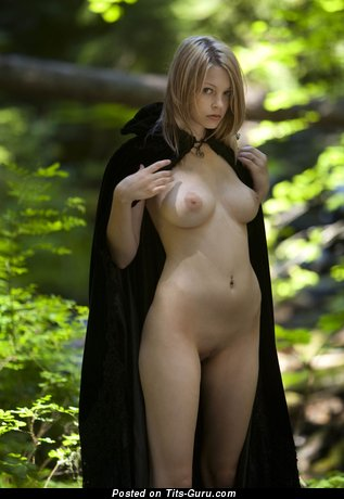 Image. Nude awesome lady with big natural tittys pic