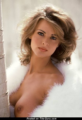 Karen McDougal - Splendid American Playboy Red Hair with Pretty Nude Regular Tit (Porn Pix)