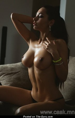 Nude awesome girl with medium tittys photo