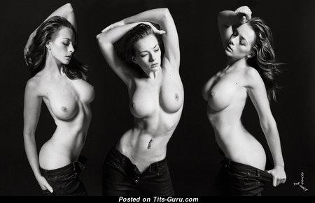 Sexy naked beautiful lady pic