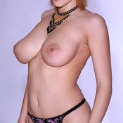Iga Wyrwal - wonderful woman with big natural boob pic
