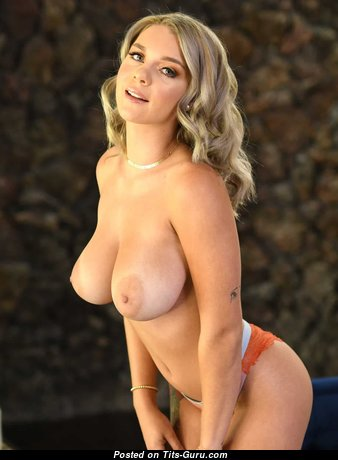 Handsome Babe with Handsome Defenseless Real Mid Size Boobs (Hd Xxx Foto)