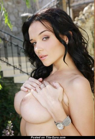 Image. Eugenia Diordiychuk - beautiful female with big tittes pic
