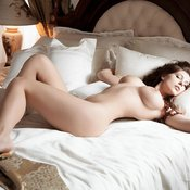 Brunette with big tittes photo