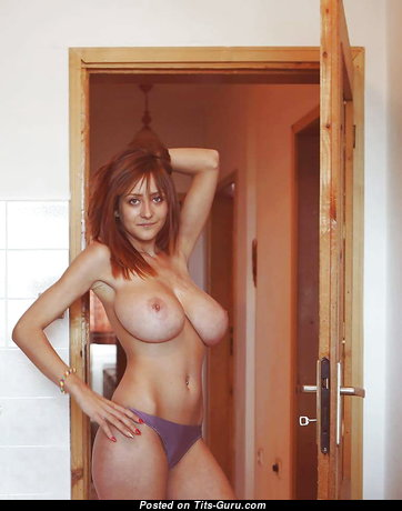 Sexy Babe with Sexy Exposed Big Hooters & Red Nipples (Xxx Photoshoot)