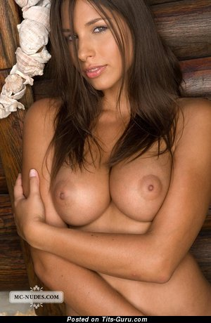 Image. Zafira - naked brunette with big natural breast picture