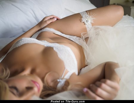 Exquisite Blonde Bride, Babe & Wife with Exquisite Exposed Real Medium Boobys (Hd 18+ Wallpaper)