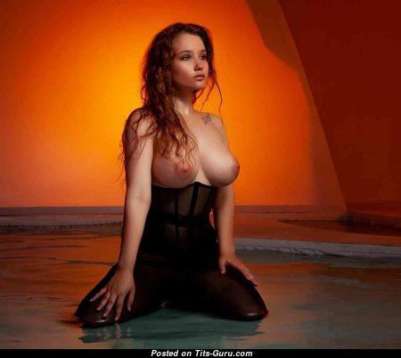 Appealing Babe with Appealing Naked Natural D Size Boobies (Hd 18+ Pix)