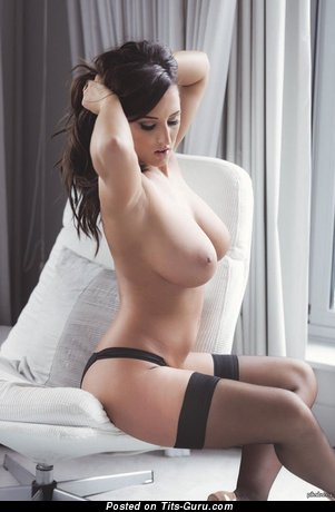 Stunning Lady with Stunning Exposed Big Tits (Sex Image)
